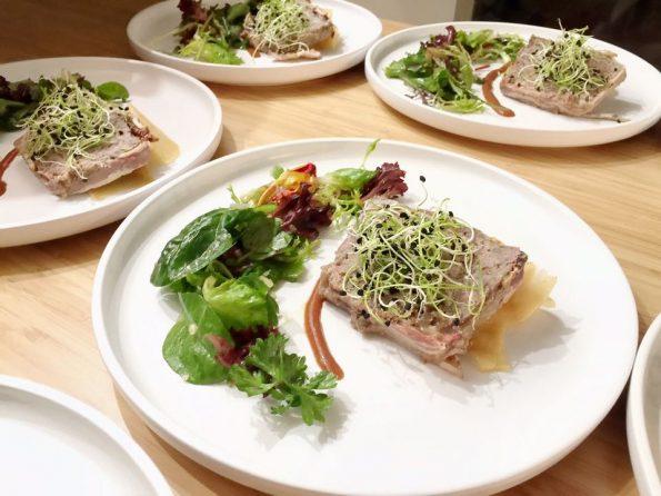 bauern-terrine-schwarzer-rettich-salat-pflaume